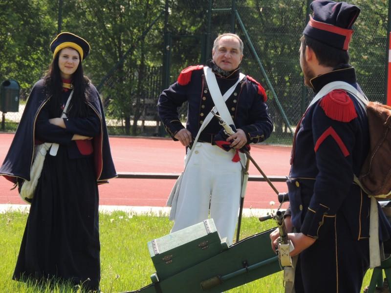 Lekcja historii  zorganizowana przez Czwartaków w SP w Białobieli